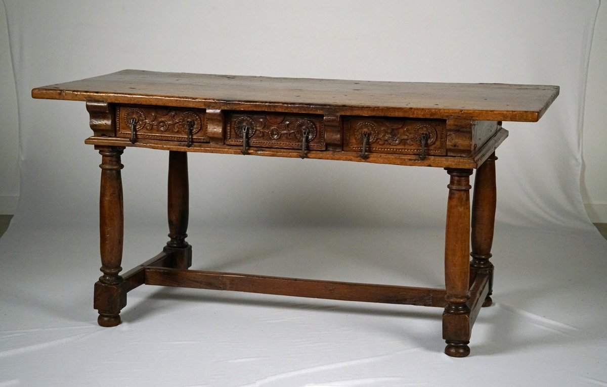 A Spanish Baroque Walnut Table